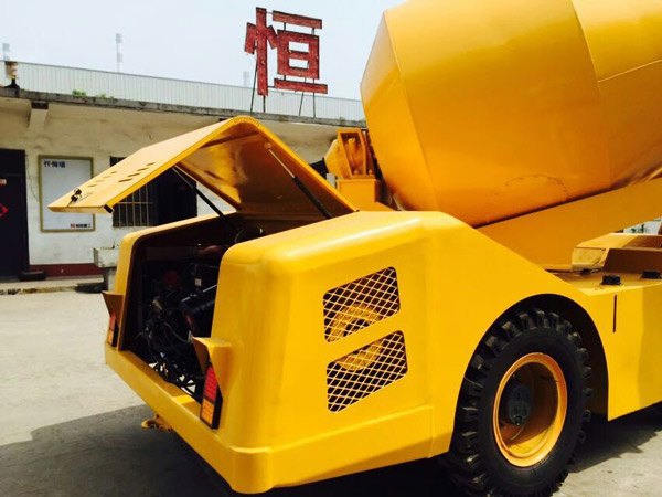 SFM3.0 self-loading concrete mixer