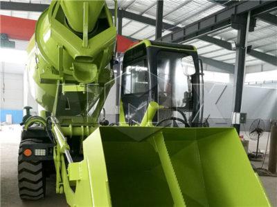 self loading concrete mixer suppliers