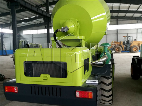 self propelled concrete mixer