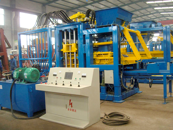 QT4-15 fully automatic fly ash block machine