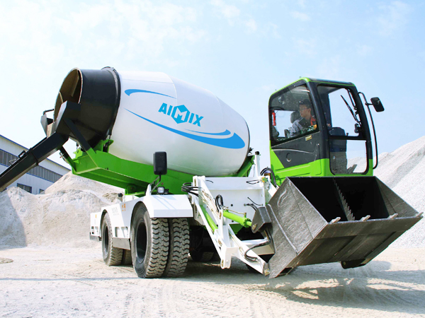 6.5-cub-self-mixer-truck